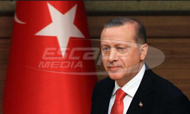 «Πράσινο φως» από την Βουλή στον Ερντογάν για στρατιωτικές επιχειρήσεις σε Συρία - Ιράκ