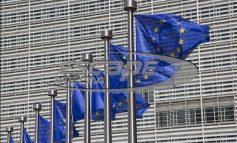Η Κομισιόν «καρφώνει» Σόιμπλε – ΔΝΤ: Παράλογα αιτήματα δεν επιτρέπουν συμφωνία