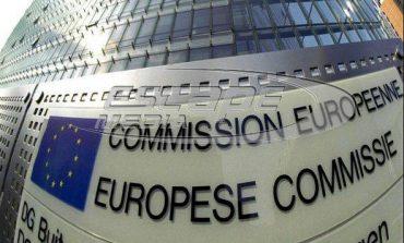 Οικονομία: Η Κομισιόν προτείνει σχήμα βραχυχρόνιας εργασίας για την αποφυγή απολύσεων
