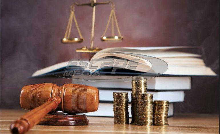 Πρωτοφανής δικαστική απόφαση: Προσωποκράτηση και πρόστιμο σε πατέρα, κάθε φορά που τα παιδιά του κάνουν… φασαρία
