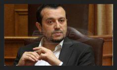 ΑΝΟΙΓΕΙ ΤΟ «ΜΕΤΩΠΟ» ΣΥΡΙΖΑ-ΣΤΟΥΡΝΑΡΑ: «Επί δικής του θητείας στο ΥΠΟΙΚ αυξήθηκαν τα χρέη» λέει ο Νίκος Παππάς