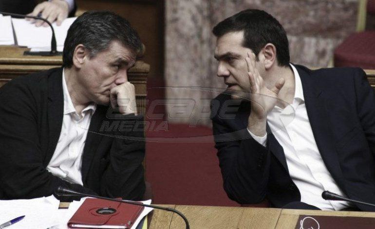 Ο Τσίπρας επισημοποιεί άκρατες προεκλογικές παροχές