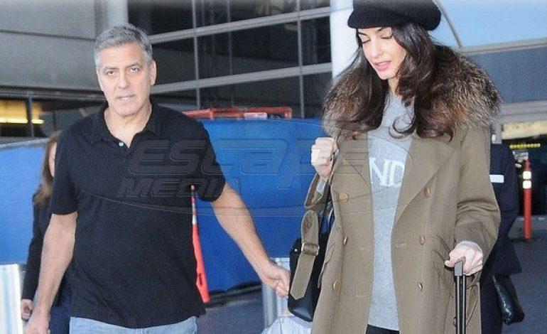 Amal Alamuddin Clooney: Κρύβει την εγκυμοσύνη με φαρδιά ρούχα!