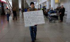 """Βόμβα έτοιμη να """"εκραγεί""""! Το Ιράν κλείνει τα σύνορα στους Αμερικανούς - Πρόσφυγες και μετανάστες κρατούνται στα αεροδρόμια των ΗΠΑ"""