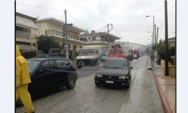 Κόρινθος: Ουρές χιλιομέτρων στην παλιά εθνική - Δείτε την πηγή του κυκλοφοριακού χάους