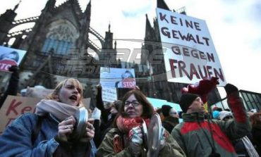 Οι Γερμανίδες προειδοποιούν τις Ελληνίδες-video-