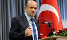 """Προκαλεί ο Τούρκος υπουργός Άμυνας: """"Πολιτική η απόφαση για τους 8"""" - Κόσμος"""