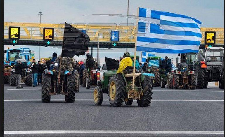 Σκληραίνουν τη στάση τους οι αγρότες- Αποφάσισαν αποκλεισμό του κόμβου στον Πλατύκαμπο