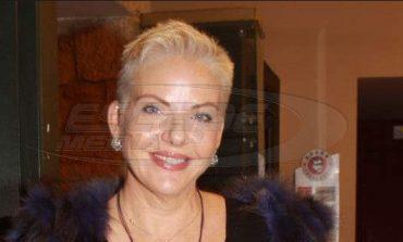 Νανά Παλαιτσάκη: Εγώ αποφάσισα να αυτοκτονήσω!