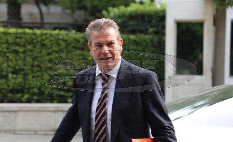Πετρόπουλος: Το 2017 θα εξοφληθούν 102.000 συντάξεις που εκκρεμούν και όλα τα εφάπαξ!