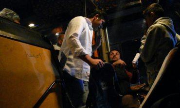 Τρώνε ξύλο από τους «μετανάστες» οι οδηγοί στην Χίο (ΒΙΝΤΕΟ)