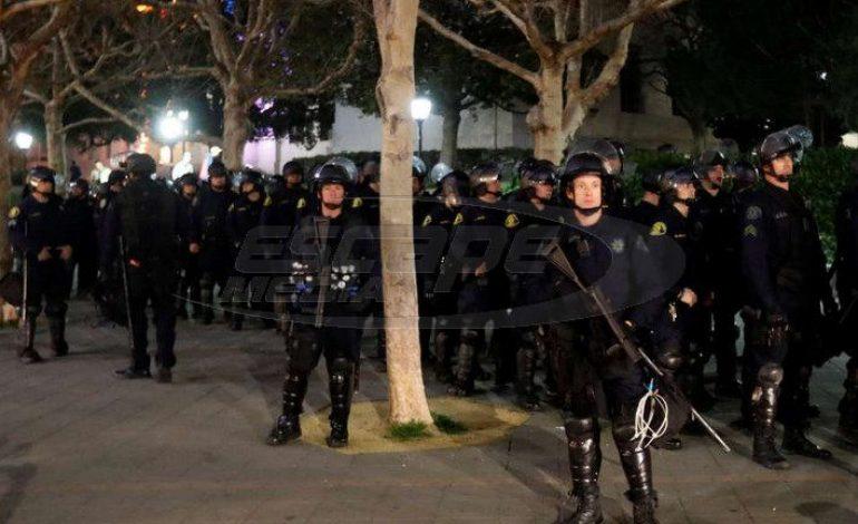 Μπέρκλεϊ: Πεδίο μάχης το Πανεπιστήμιo για την ομιλία του Μίλωνα Γιαννόπουλου