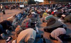 Εξι στους δέκα Ελληνες θέλουν απαγόρευση μετανάστευσης από μουσουλμανικές χώρες!