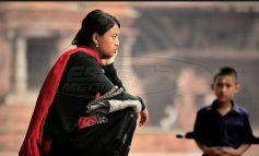 Γυναίκες στο Νεπάλ πωλούν το δέρμα τους για 150 ευρώ