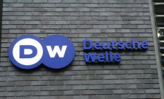 Deutsche Welle: Χρέος και ποσοτική χαλάρωση μετά τις γερμανικές εκλογές