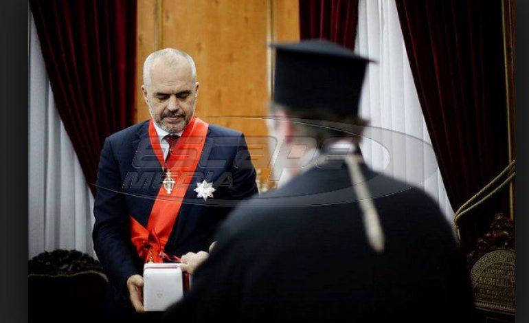 Ο Ράμα ενώ κατεδάφιζε εκκλησία στις Δρυμάδες …τιμήθηκε από το Πατριαρχείο Ιεροσολύμων