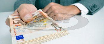 Φωτίου: Στις 8.000 ευρώ το ατομικό εισόδημα για το επίδομα στέγασης