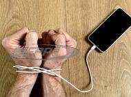 Όταν το κινητό γίνεται παθολογική εξάρτηση