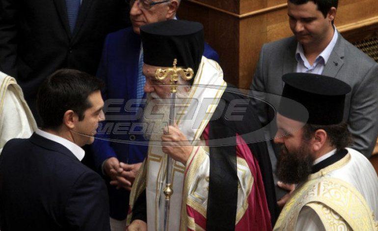 «Βγήκαν τα μαχαίρια» μεταξύ κυβέρνησης – Εκκλησίας για το Σκοπιανό