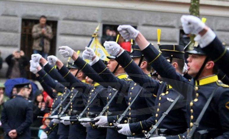Ανατροπή για τις στρατιωτικές σχολές – Ειδικό κλάδο στο Λύκειο ζήτησε ο Καμμένος