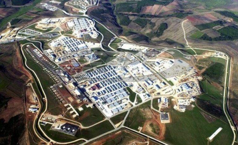 Η μεγαλύτερη παγκοσμίως αμερικανική βάση βρίσκεται στα σύνορα με τα Σκόπια