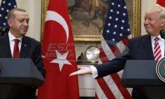 Δραματικές εξελίξεις: Οι ΗΠΑ δεν φεύγουν από την Manbij αλλά έρχονται και οι Τούρκοι – Τι λέει η συμφωνία Τραμπ-Ερντογάν