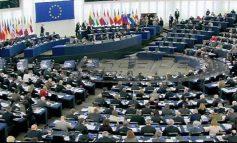 Οι 21 ευρωβουλευτές που εκλέγονται από τα κόμματα