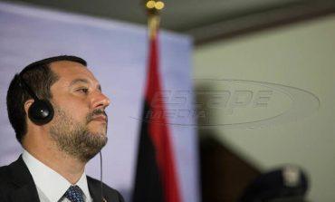 """Νομοσχέδιο - έκτρωμα από τον Σαλβίνι: """"Τσουχτερό"""" πρόστιμο σε όσους σώζουν πρόσφυγες"""