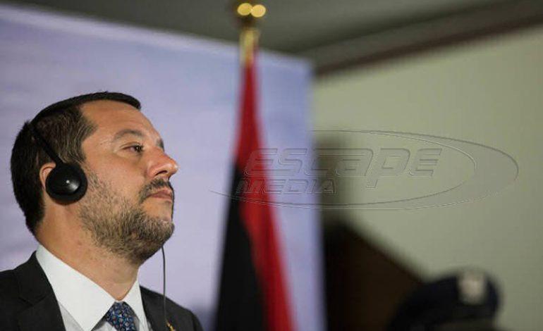 Νομοσχέδιο – έκτρωμα από τον Σαλβίνι: «Τσουχτερό» πρόστιμο σε όσους σώζουν πρόσφυγες