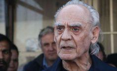 Oι παλιές συνήθειες δεν κόβονται για τον Άκη- Που τον συνέλαβε ο φωτογραφικός φακός(ΕΙΚΟΝΑ)
