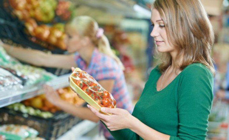 Η λίστα με τα πιο μολυσμένα φρούτα και λαχανικά