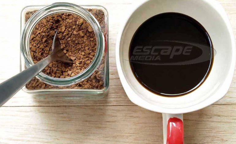 Πόσο… φυσικός είναι ο στιγμιαίος καφές; – Ένας διατροφολόγος απαντά