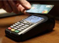 Ανέπαφα γίνονται πλέον σχεδόν οι μισές πληρωμές με χρήση κάρτας στην Ευρώπη
