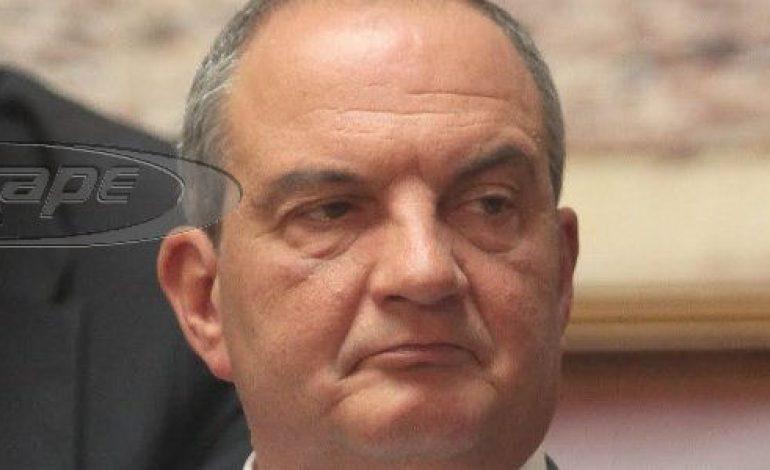 Marianne: Στα «7 καθάρματα» της κρίσης ο Καραμανλής