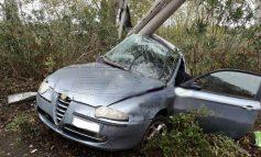 Συγκλονιστικές εικόνες από τροχαίο στην Πατρών – Πύργου: Τρεις ποδοσφαιριστές τραυματίες