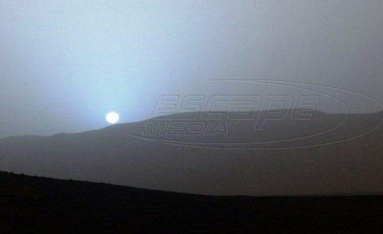 Το 1ο ηλιοβασίλεμα που βλέπουμε από τον Άρη! Είναι….μπλε!