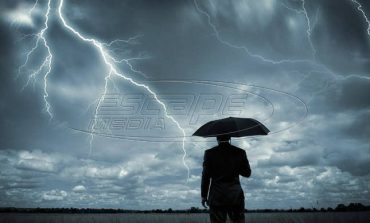 Συνεχίζεται η κακοκαιρία: Συννεφιά και βροχές την Παρασκευή
