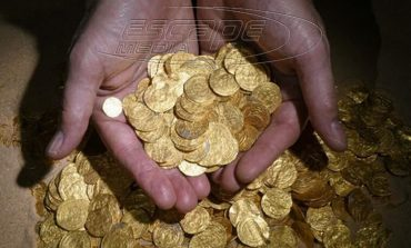 Βρέθηκαν λίρες αξίας 1.700.000 ευρώ σε σπίτι στα Τρίκαλα