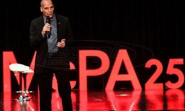 Βαρουφάκης: Ταξικό παραπλανητικό και άσχετο το φορολογικό νομοσχέδιο