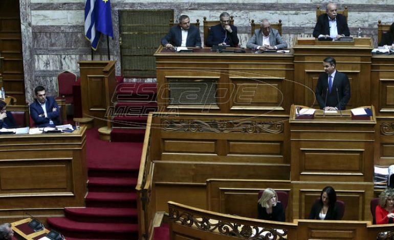 Δημογραφικό: Τι είπαν οι αρχηγοί στη Βουλή για την βραδυφλεγή «βόμβα»