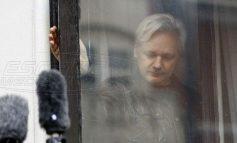 Οι Anonymous απειλούν με χάος: Αφήστε ελεύθερο τον Ασάνζ