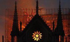 Παναγία των Παρισίων: Ο πλανήτης θρηνεί μια τεράστια καταστροφή