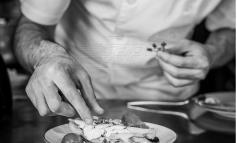 Έφυγε από τη ζωή πολυβραβευμένος Έλληνας σεφ