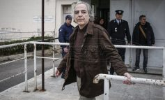 """5 Σεπτεμβρίου 2002: """"Είμαι ο Κουφοντίνας και θέλω να παραδοθώ"""""""