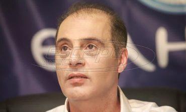 Απίστευτες σκηνές στη Λάρισα: Ο Βελόπουλος μήνυσε υποψήφιο βουλευτή του