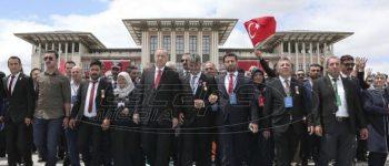 Ερντογάν: Κανείς δεν θα μας γονατίσει - Θα παράγουμε S-400 μαζί με τη Ρωσία