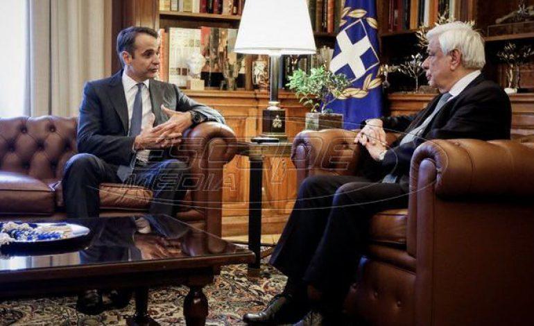 Ο Παυλόπουλος συνεχάρη τον Μητσοτάκη – Τη Δευτέρα η εντολή σχηματισμού κυβέρνησης