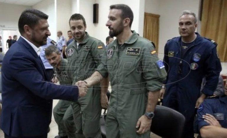 Βραβεύτηκαν οι Ιταλοί και Ισπανοί πιλότοι που βοήθησαν στην Εύβοια
