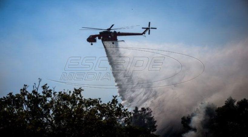 Μεγάλη φωτιά στη Σάμο - Σε εξέλιξη πύρινα μέτωπα σε διάφορες περιοχές της χώρας