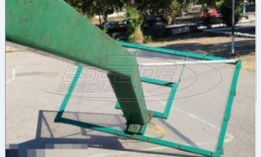 """Χίος: """"Κάρφωσε και σκοτώθηκε από τη μπασκέτα"""" - Τι είπε η μητέρα του 19χρονου - Συνελήφθη μηχανικός"""